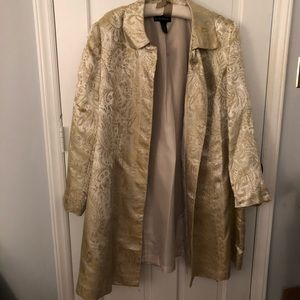 STUNNING Size 28 Gold and Ivory Jacquard Coat